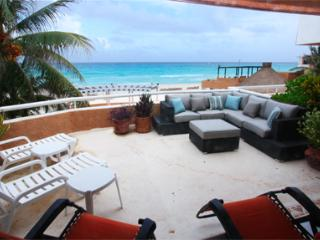 Ocean View Condo in Playacar  - Fishermens 228 - Playa del Carmen vacation rentals
