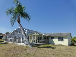 Beautiful  Contemporary House on the Lake - Port Charlotte vacation rentals