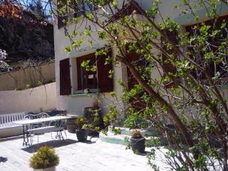 Montsegur,Labyrinth  gite,b&b  Ariege, Midi Pyrenees  for 2-8 per - Quillan vacation rentals