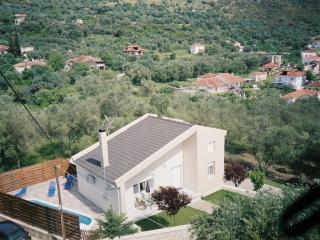 Nice Villa with Internet Access and A/C - Margariti vacation rentals