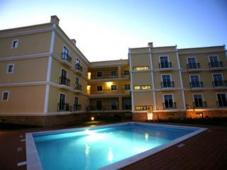 3 Luxury apartments AC/Pool 300 mts from beach - Ferragudo vacation rentals