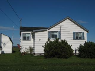 Nice Cottage with Deck and Washing Machine - Lorneville vacation rentals
