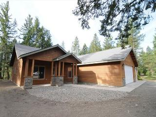 Private Cabin w/  Postcard Setting! 3BR|2BA, Hot Tub*3rd Nt Free March,April - Cle Elum vacation rentals