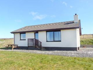 ARDMORE, ground floor accommodation, beautiful views, Ref 18639 - The Hebrides vacation rentals
