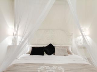 Cozy 2 bedroom Condo in Rome - Rome vacation rentals
