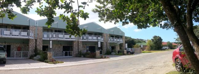 Front of premises - Self Catering Apartments - Stilbaai - rentals