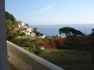 Casa Argentina, Low cost vacation home in the Amalfi Coast - Erchie vacation rentals