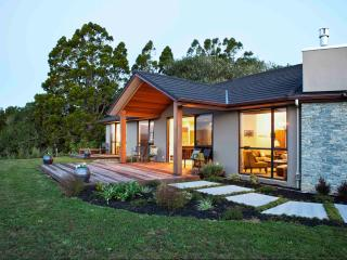 Black Fern Matakana - Wellsford vacation rentals