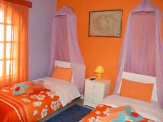 Lovely House with Towels Provided and Balcony in Kryoneri - Kryoneri vacation rentals