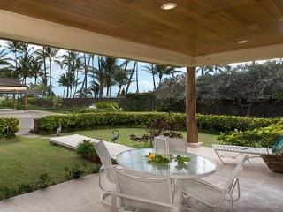 Ehu Kai - Luxurious Cottage Kailua Beachfront - Kailua vacation rentals