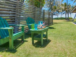 Serenity Cottage - BEACHFRONT Cozy Cottage in Kailua - Kailua vacation rentals