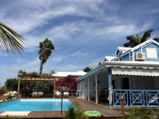 Villa Corail&Coquillage, Guadeloupe, face à la mer - Sainte Anne vacation rentals
