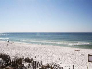 Sandollar Townhome Directly on the Beach ~ Free Golf, Fishing & Snorkeling!! - Destin vacation rentals