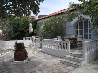 Romantic Apartment with Balcony and Garden - Skopelos vacation rentals
