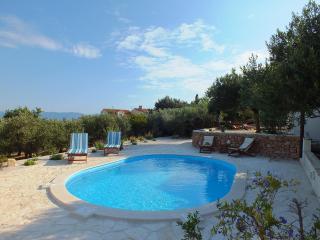 Home Zlatni San Bol - Bol vacation rentals