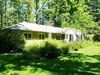Lake Michigan Cottage. Saturday to Saturday Rental. - Macatawa vacation rentals