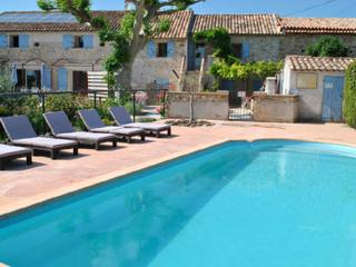 Provence Le Mas des Oliviers the Lavandes Gîte, sleeps 7. pool and spa 6 places - Richerenches vacation rentals