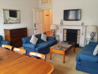 3Bed/2Bath Luxury Apartment in Kensington - London vacation rentals