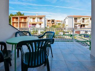 Apartments Ordan - 10671-A1 - Drnis vacation rentals