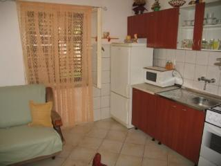 Apartments Ada - 13661-A1 - Lukoran vacation rentals