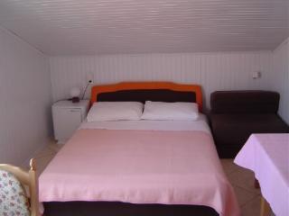 Apartments Tina - 14241-A1 - Pag vacation rentals