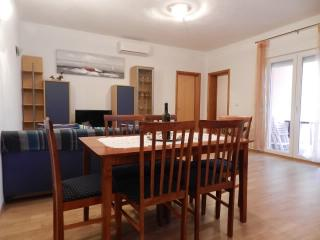 Apartments Tatjana - 27191-A1 - Banj vacation rentals