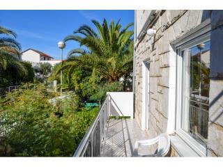 Apartments Osvit - 31801-A1 - Stari Grad vacation rentals