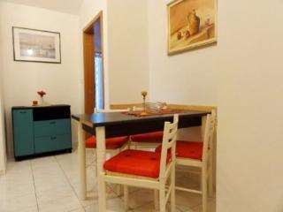 Apartments Gorana - 31841-A1 - Jelsa vacation rentals