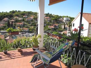 Apartments Katija - 31941-A2 - Splitska vacation rentals