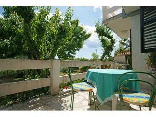 Apartments Ivanica - 32101-A1 - Mastrinka vacation rentals