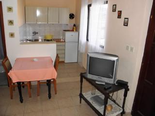 Apartments Boro - 33301-A4 - Mirca vacation rentals