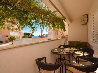Nice Studio with Internet Access and Television - Podstrana vacation rentals