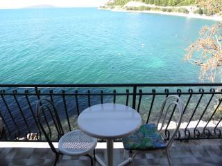 Apartments Vala - 41051-A3 - Drvenik vacation rentals