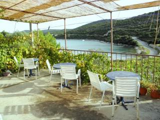 House Nike - 41121-K1 - Island Vis vacation rentals