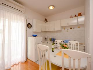 Apartment Rino - 41701-A1 - Krvavica vacation rentals