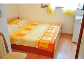 Apartment and Rooms Mato - 50221-S2 - Mlini vacation rentals