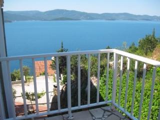 Apartments Davor - 51191-A5 - Komarna vacation rentals