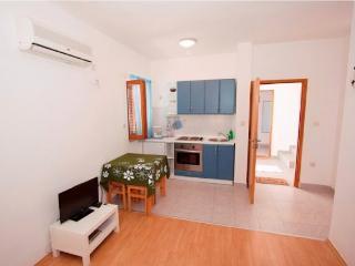 Apartments Nikolina - 60721-A2 - Banjol vacation rentals