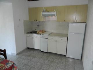 Apartments Elza - 65181-A1 - Icici vacation rentals
