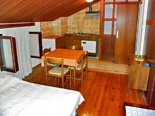 House Alida - 70131-K1 - Liznjan vacation rentals