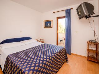 Apartments and Room Livio - 72961-A2 - Liznjan vacation rentals