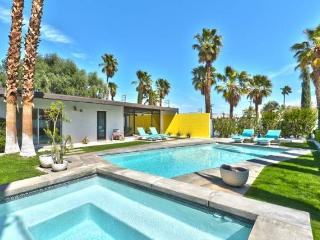 Gorgeous 3 bedroom Palm Springs House with A/C - Palm Springs vacation rentals