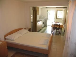 Apartments Željko - 20561-A3 - Pag vacation rentals
