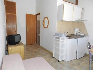 Apartments Šime - 21181-A4 - Pakostane vacation rentals