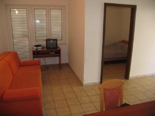 Apartments Ivan - 23471-A3 - Metajna vacation rentals