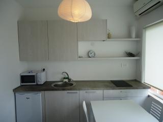 Apartment Davor - 23551-A2 - Banj vacation rentals