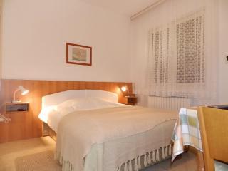 Apartments Mate - 23961-A1 - Pag vacation rentals