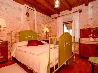 Apartments Vedrana - 30122-A2 - Zivogosce vacation rentals