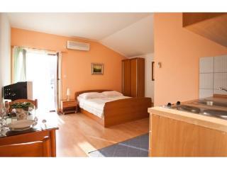 Apartments Mirko - 30361-A2 - Seget Vranjica vacation rentals