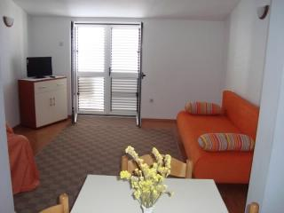 Apartments Gordan - 31451-A1 - Brist vacation rentals